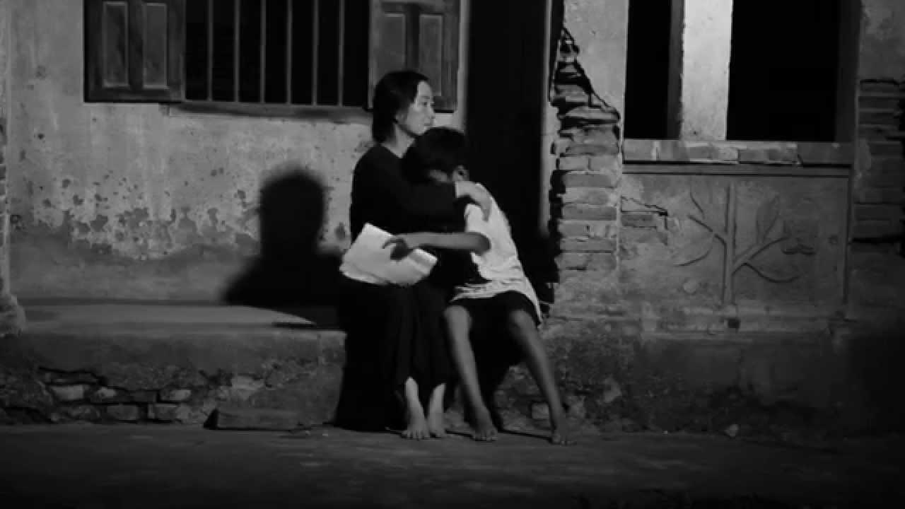 """Có phải quá muộn khi nói: """"Con yêu mẹ""""."""