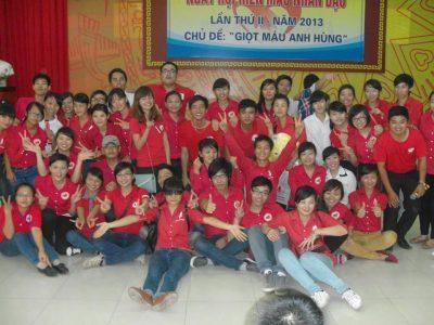 Một thời áo đỏ