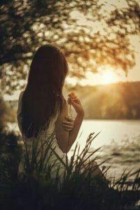 Yêu một người khó lắm, phải không em