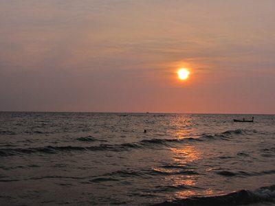 Biển Vắng Chiều Hôm