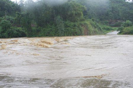 Sông Giành Cuộn Chảy